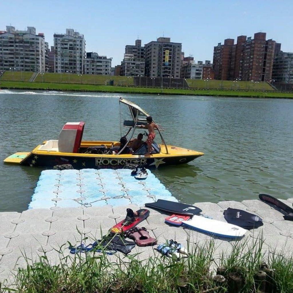蚊子滑水俱樂部 滑水場