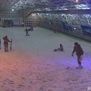 明新科大領先全台 體育課首開滑雪課