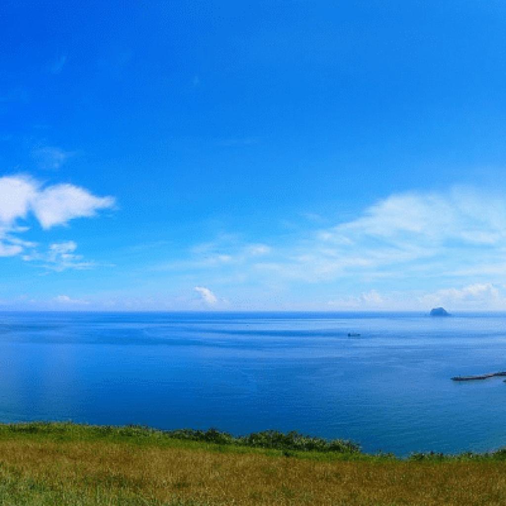 水上鋼鐡人場域 萬里翡翠灣