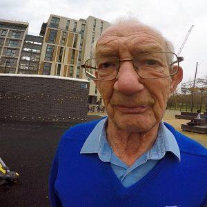 老人也跑酷Meet the 88-year-old parkour pensioner...