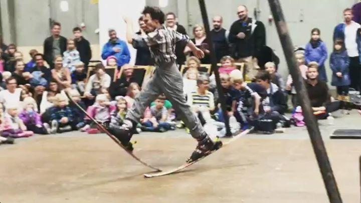 Community video /fun/ Ski waltzSki ballet!Credit: Transit…