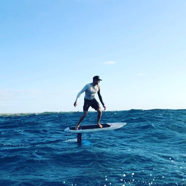 Community video/ 水翼衝浪板 cool !Having way too much fun in the …