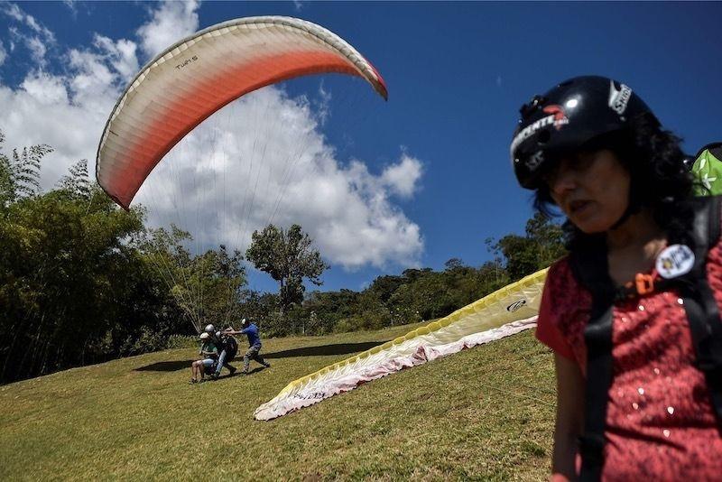 哥倫比亞盲旅遊視障人士體驗極限運動 – 中央社即時新聞 (新聞發布)