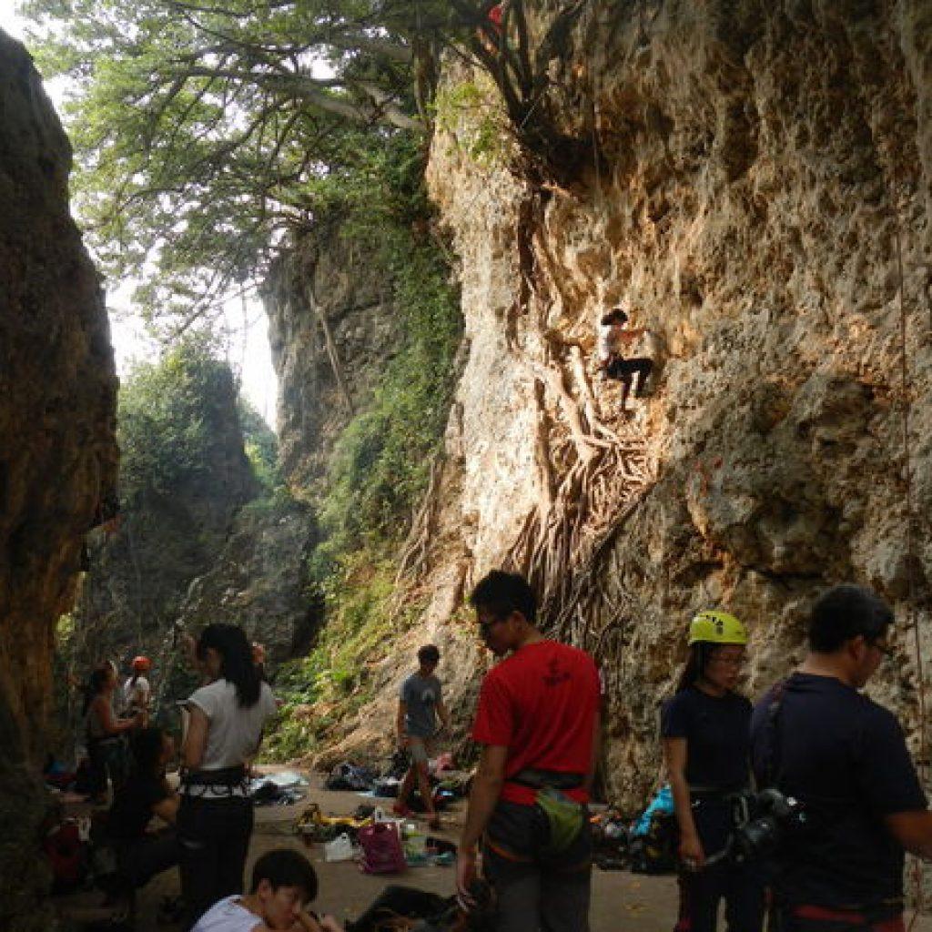 攀岩天然岩場-高雄-壽山