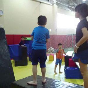 community video/ kids parkour   credit : 台灣摩猴跑酷團隊今日主題:小小忍者戰士...