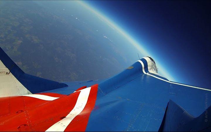community video/ flight /18,000$ per ride ~ !credit: Cold …