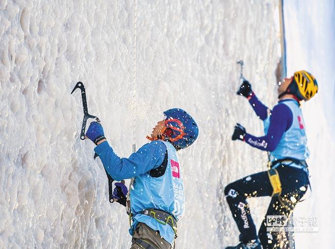 冰瀑上的芭蕾攀冰運動風靡全球