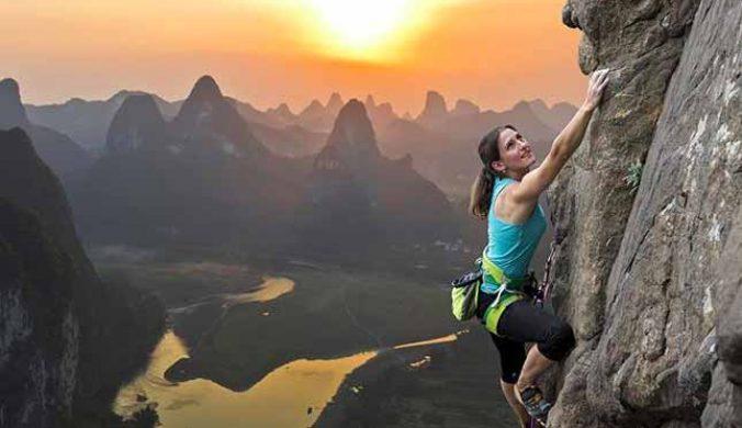 老少咸宜的攀岩--Rock-Climbing