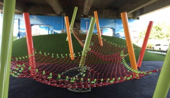 國道二號高架橋下桃市兒童冒險公園今啟用
