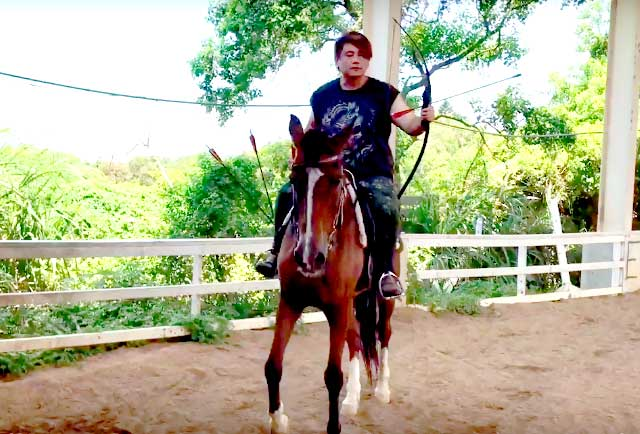 community video/ am have Horse Archery Training in Taiwan la~~~