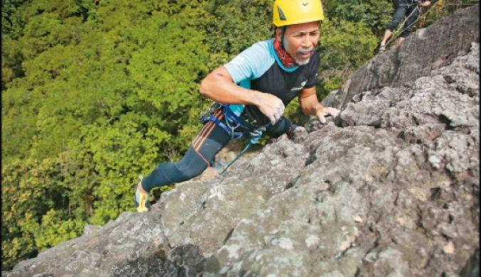 【第一次挑戰戶外攀岩就上手】台北‧熱海攀岩場