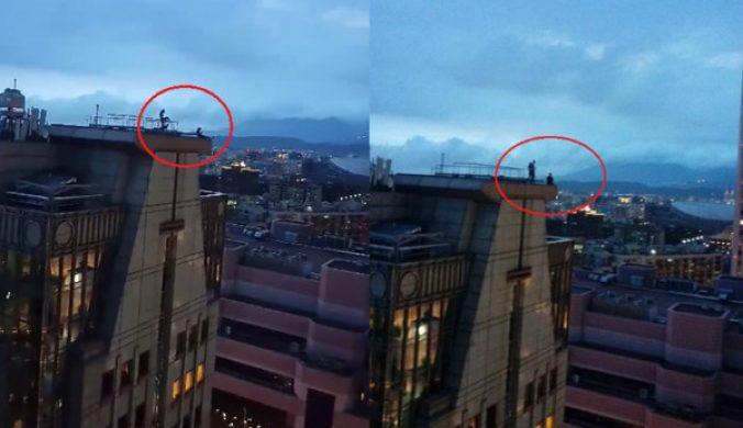 2男1女闖信義區曼哈頓大樓頂「極限自拍」 驚悚10分鐘曝…網腿軟
