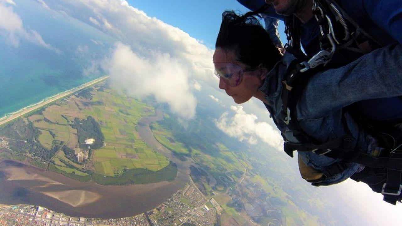 【澳洲自由行】高空跳傘事前準備教學:拜倫灣的14000英呎冒險