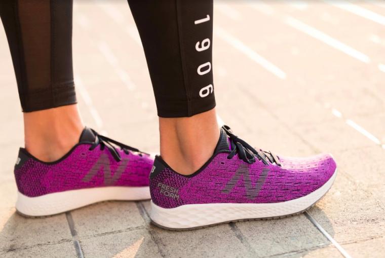 同步推出輕量跑鞋蜂行者Zante Pursuit。