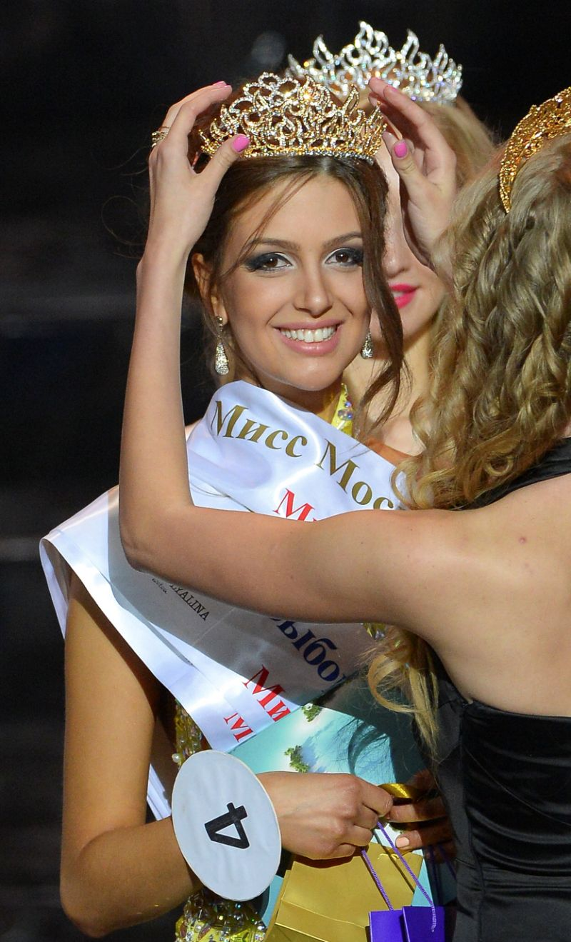 Miss Moscow 2015 Oksana Voevodina takes part in an award ceremony after winning the beauty pageant in Moscow