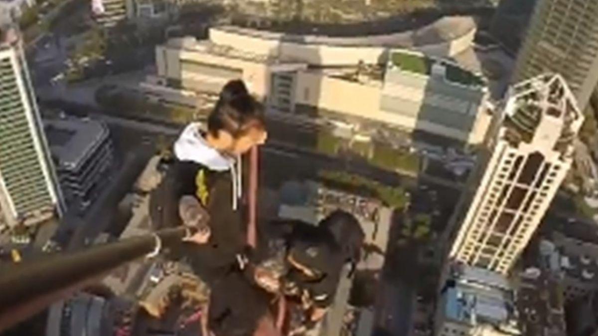 【影片】 爬62層樓賺50萬!極限運動家墜地亡 家屬慟:原本隔天要提親 - Yahoo奇摩新聞