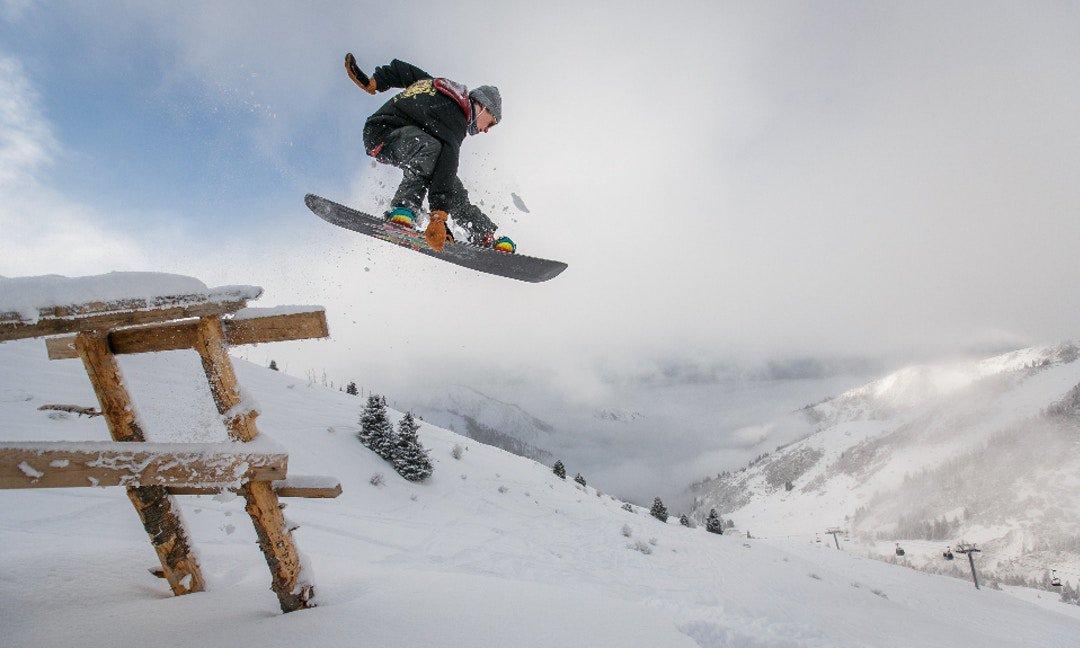 「滑雪」體能訓練表:讓你練出駕馭雪板的肌肉力量 - The News Lens 關鍵評論網