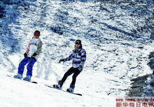 冰雪運動「下江南」,滑雪已成南方春節「新民俗」 - 臺灣新浪網