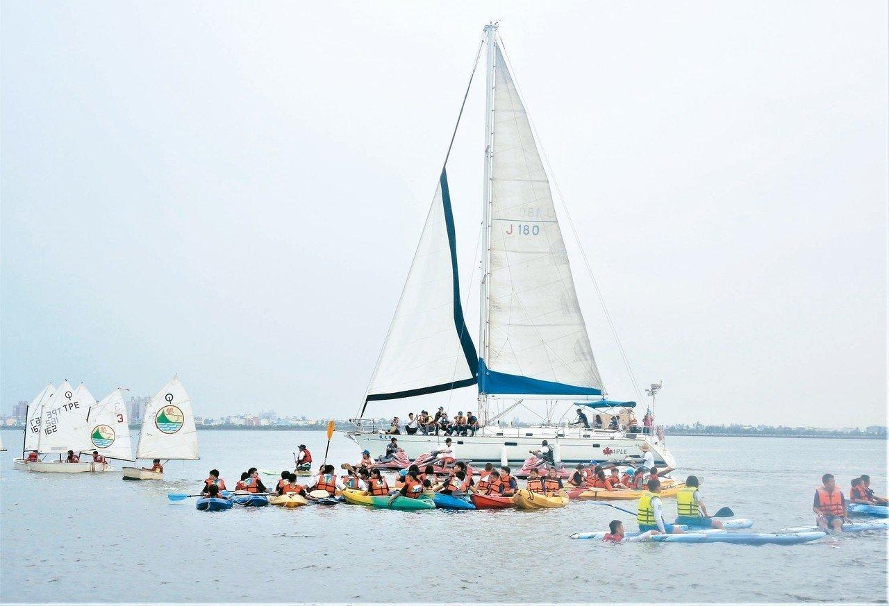 大鵬灣聯合畢業季 立槳、重帆、獨木舟...畢典超好玩   中小學  ...
