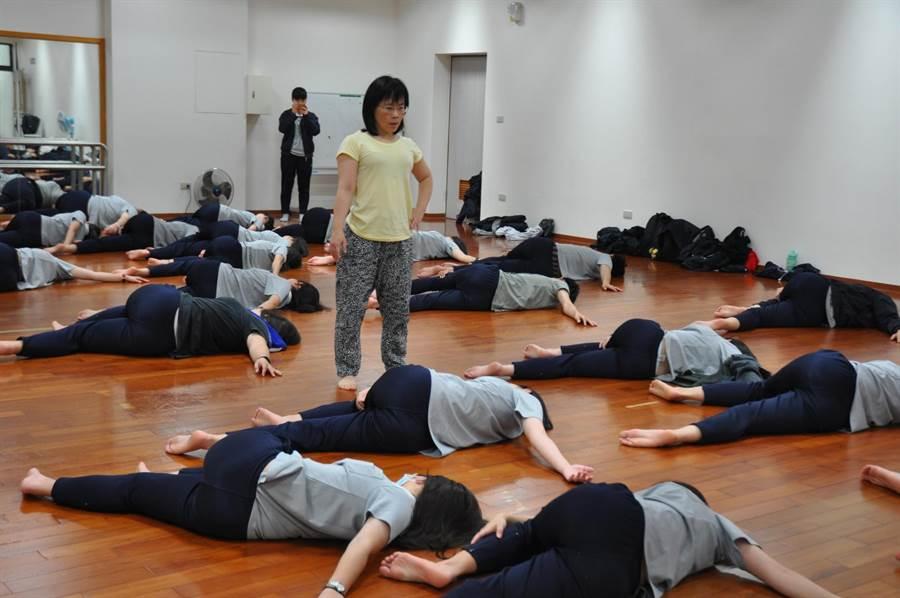 影》王世堅賭輸不用跳海!韓國瑜樂邀「跳愛河」 - 社會 - 中時電子報