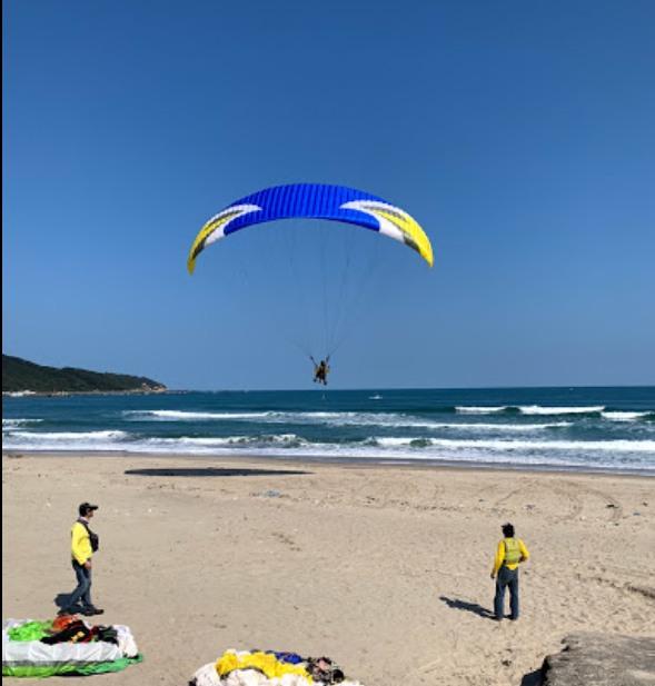 img_spot_paragliding_新北市萬里 野馬飛行傘俱樂部 飛行場