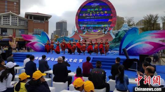 兩岸馬戲親子文化節啟動逾百對親子家庭研學助陣-兩岸新聞 - 臺灣新浪網