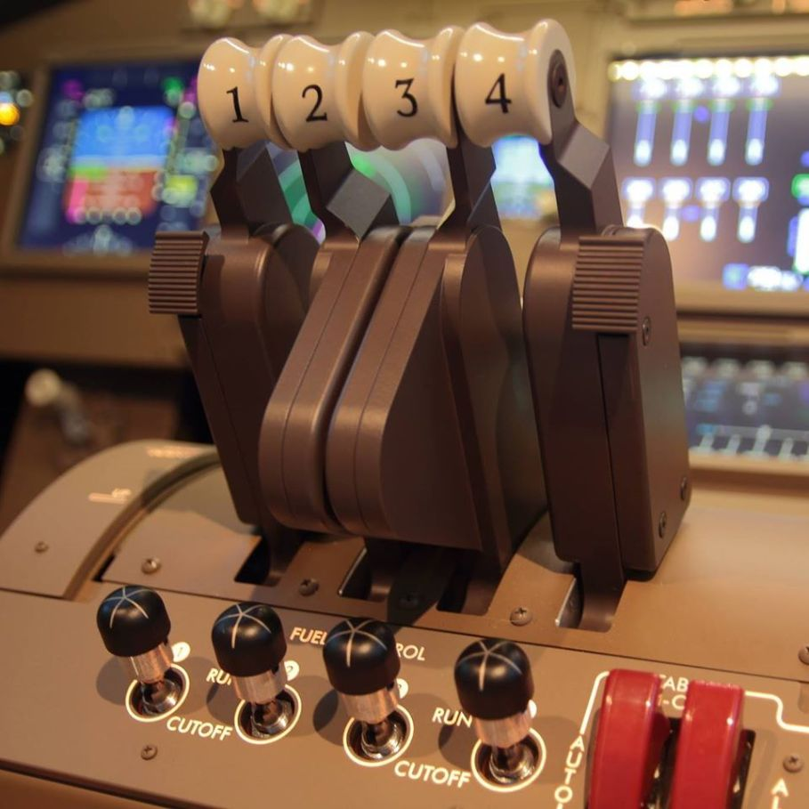 台北飛行模擬機中心 pannel
