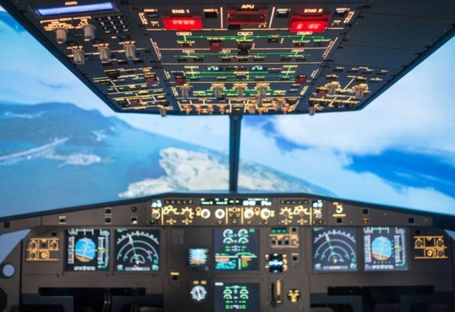 IPilot Flight Simulator Club pilot room in the air