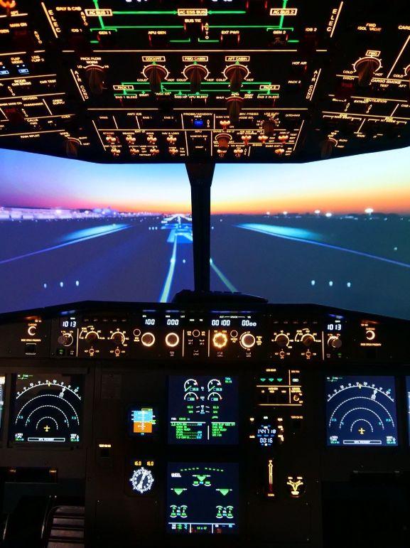 IPilot Flight Simulator Club simulator pannel