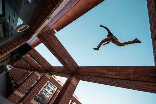 Parkour-action-adult-agile-architecture
