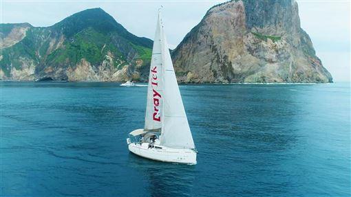 台灣帆船體驗4大入門推薦!夏天就是要掌舵開帆船出海去 | 名家 |...