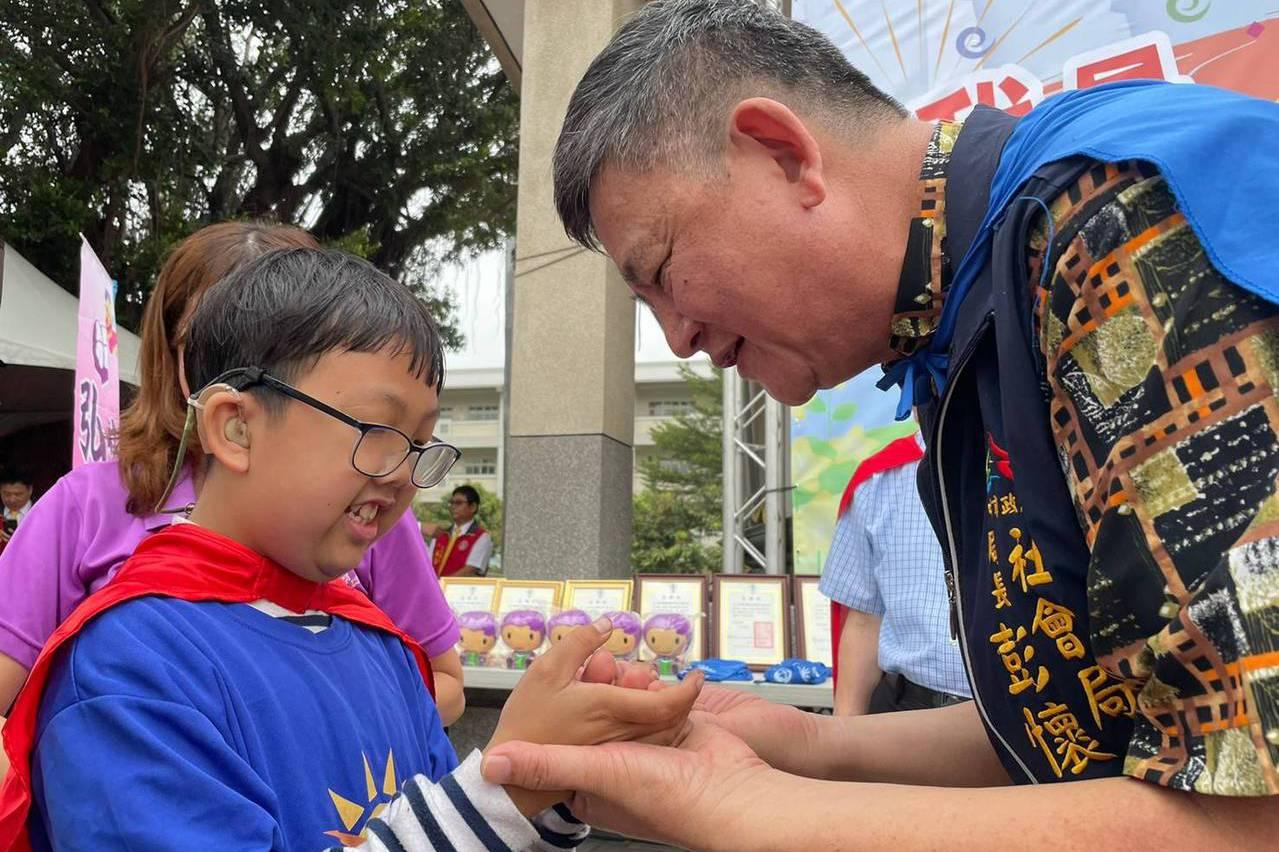 小英雄運動會!彭懷真:不要怕特殊兒童與長者挑戰自我 - UDN 聯合新聞網