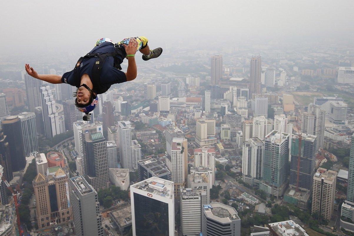 曾創低空跳傘世界紀錄 法國「噴射人」訓練中身亡 - UDN 聯合新聞網