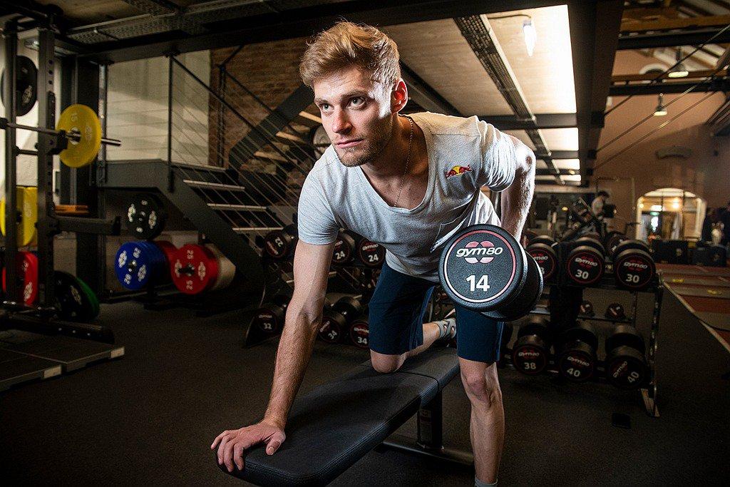 25歲的Red Bull車手Brad Binder來自南非的約翰內斯堡,他在20...