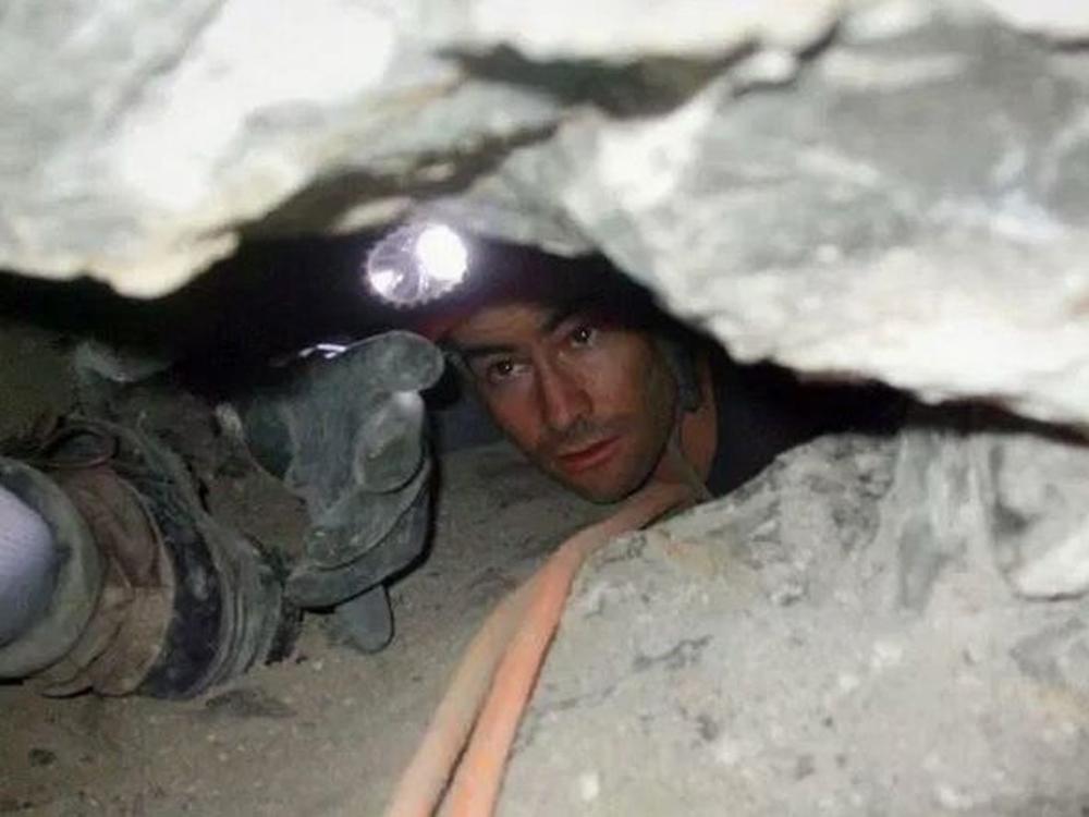 26歲醫學生探險倒吊卡死洞穴內 遭就地灌泥漿埋葬 - 國際 - 即時新聞 - 頭條日報 Headline Daily - 頭條日報 Headline Daily