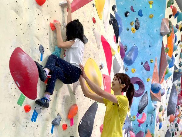 李虹瑩 - 台灣第一位攀岩國手,發起緩緩⼩勇⼠計畫,攜職能治療師,幫助遲緩兒