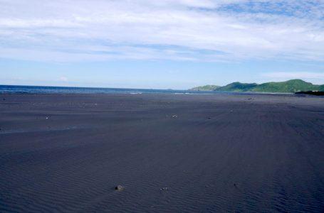 台灣衝浪點-宜蘭蘇澳龍骨王海灘