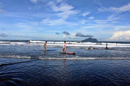 台灣衝浪點-宜蘭烏石港
