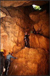 攀岩天然岩場-高雄-猴洞岩場